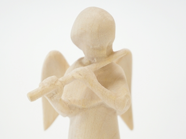 木の天使・フルート・表面上部