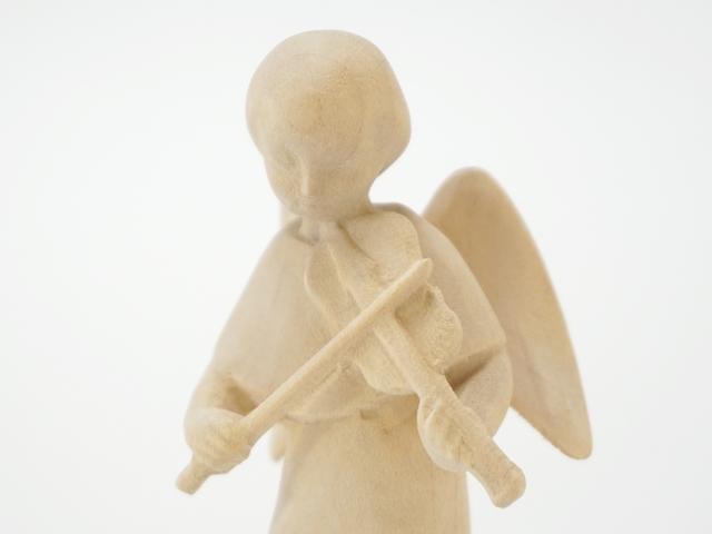 木の天使・バイオリン・表面上部