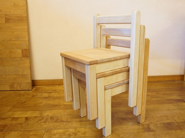 スタッキング椅子11