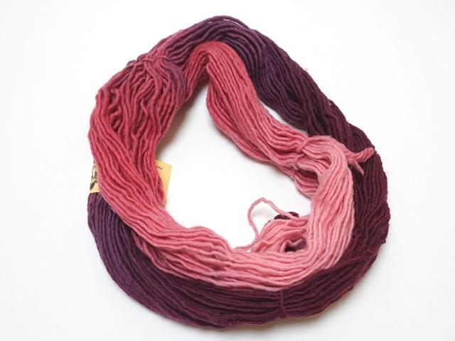 毛糸パープルピンク